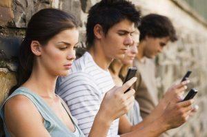 """Social Network e """"rimorchio"""": ecco alcuni consigli per le vostre vacanze single."""