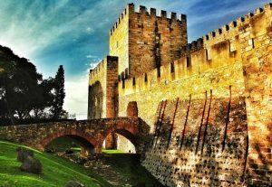 castello-di-sao-jorge-a-lisbona_